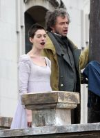 Anne Hathaway canta en el primer trailer de 'Los miserables'