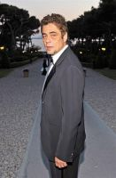 Benicio del Toro, un jefe de tribu en el filme 'Psychotherapy Of A Plains Indian'